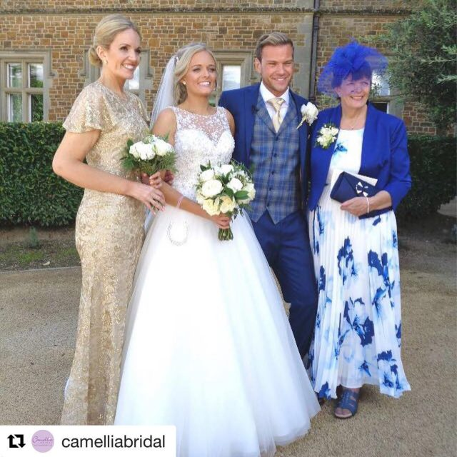 Repost camelliabridal getrepost  Our beautiful real bride Anna thishellip