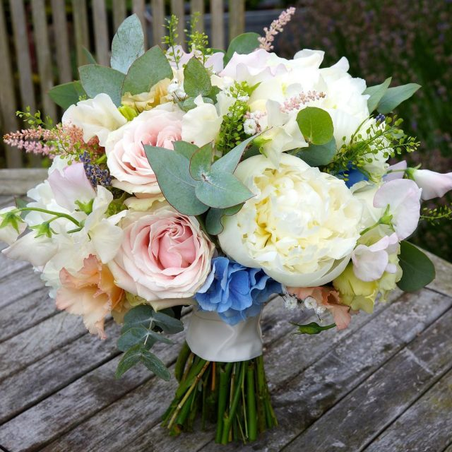pastelflowers wedding weddinginspiration weddingbouquet bridalbouquet bride flowerinstagram flowerlove weddingsofinstagram weddingfloristnorthamptonhellip