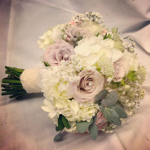 bride bridalbouquet weddingbouquet wedding weddingideas weddingfloristnorthampton weddingflowers northamptonshirewedding greenroomflowers loveflowershellip